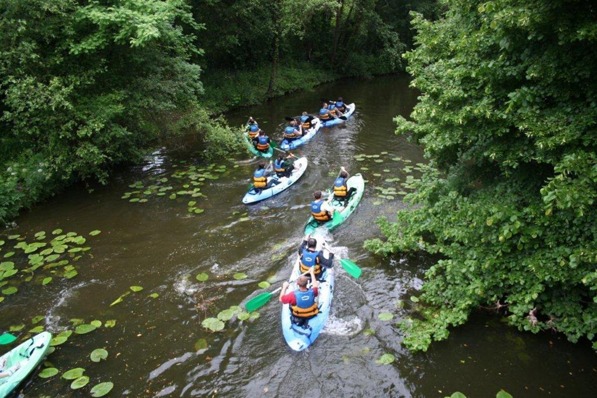 Canoe kayak pres de saint gilles croix de vie camping le for Camping au bord du lac de sainte croix avec piscine