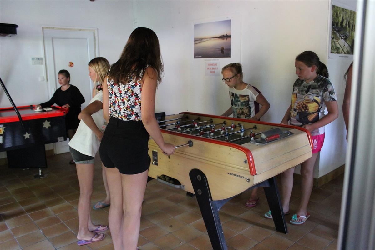 Salle de jeux camping 3 etoiles Saint Gilles Croix de Vie Vendee ... 7752f70fc72d